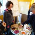 Jardins de Contrat Dégustation de légumes anciens avec Marielle et Sonia